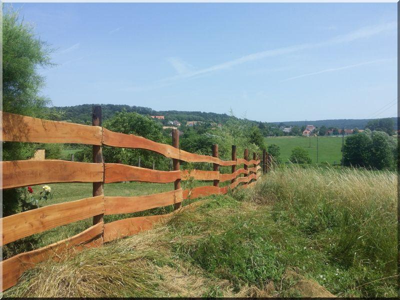 Rusztikus akác kerítés, kerítéselem